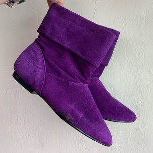 Purple suede vintage boots ankle booties